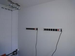 wie steckdosenleiste an wand befestigen ostseesuche com. Black Bedroom Furniture Sets. Home Design Ideas