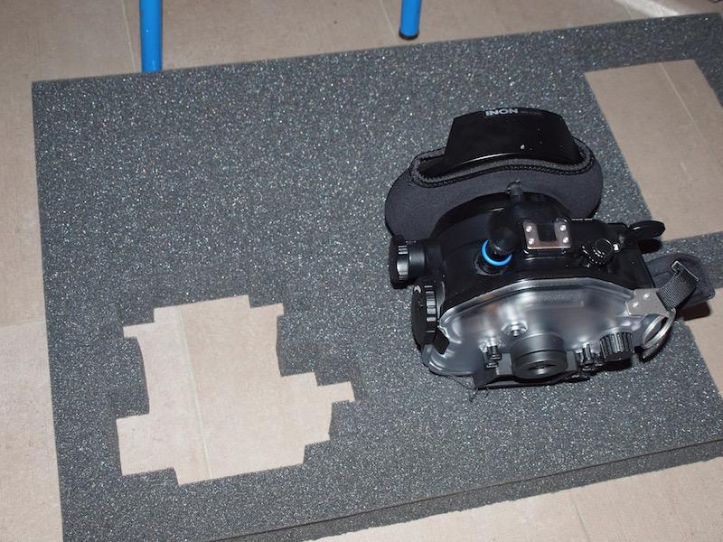 das unterwasser kameraequipment kommt in eine ordentliche kiste meerwasser aquarium blog 2014. Black Bedroom Furniture Sets. Home Design Ideas